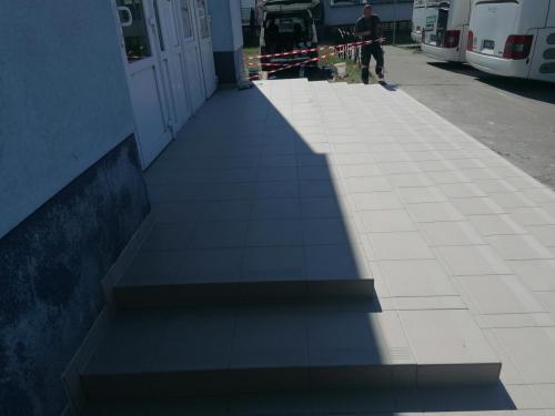 Obkladačské práce schodiště autobusové nádraží Olomouc